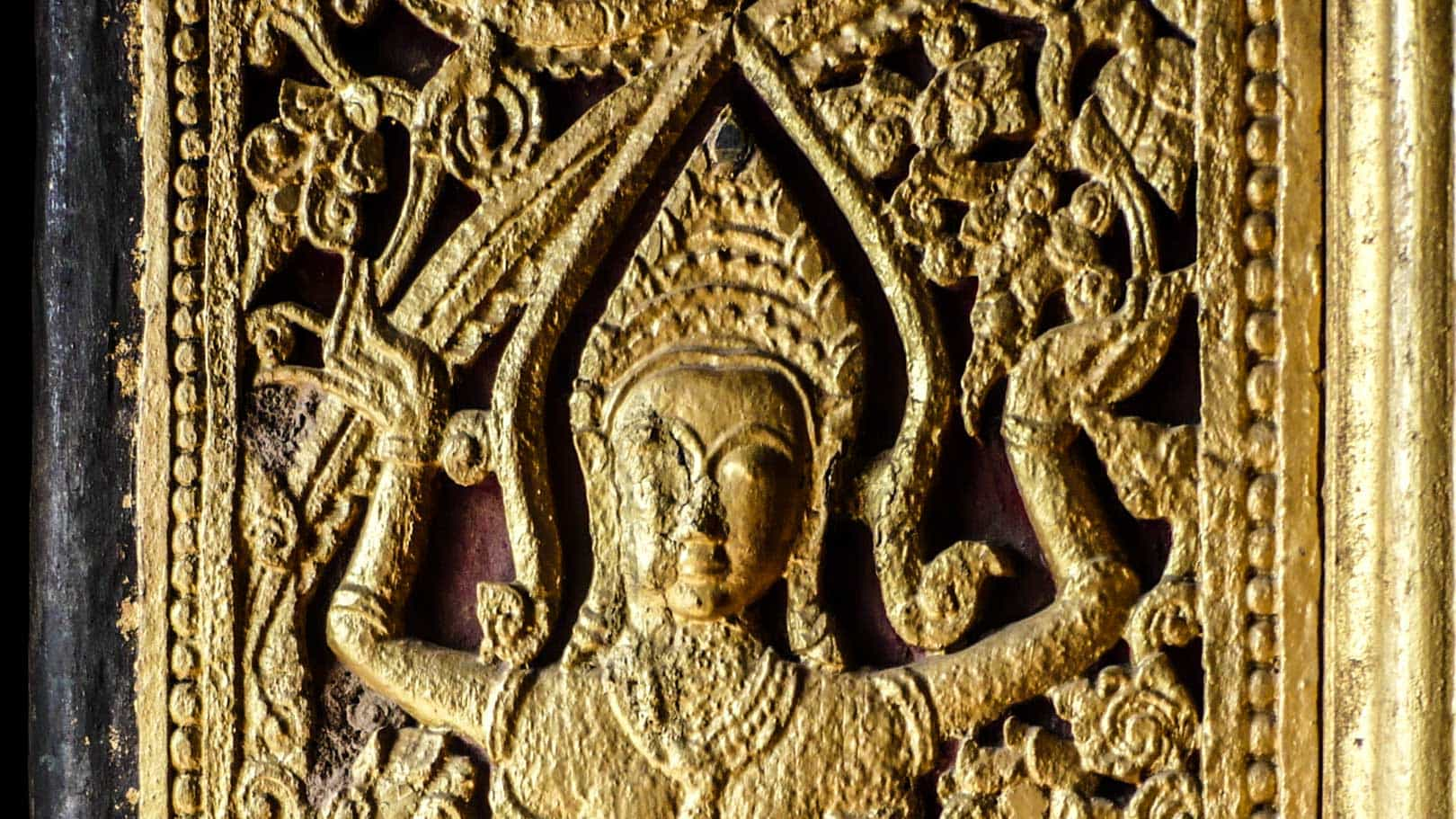 Luang Prabang - golden art